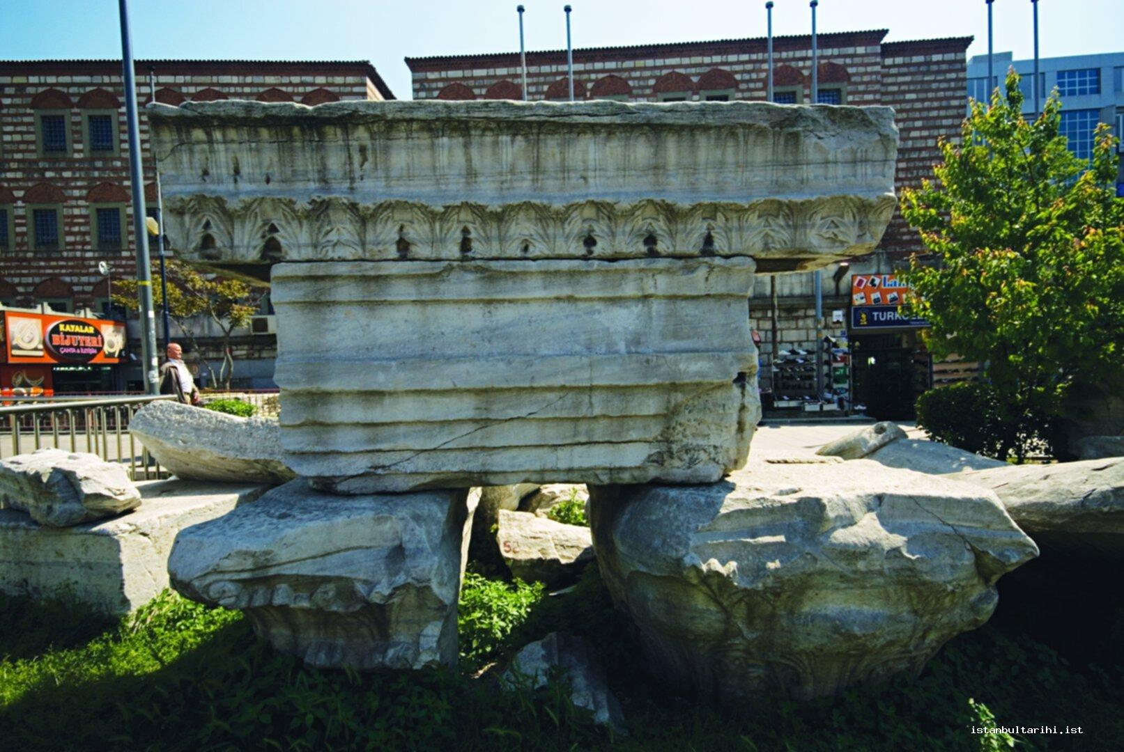 6- The remnants of Theodosius Forum (Beyazıt)