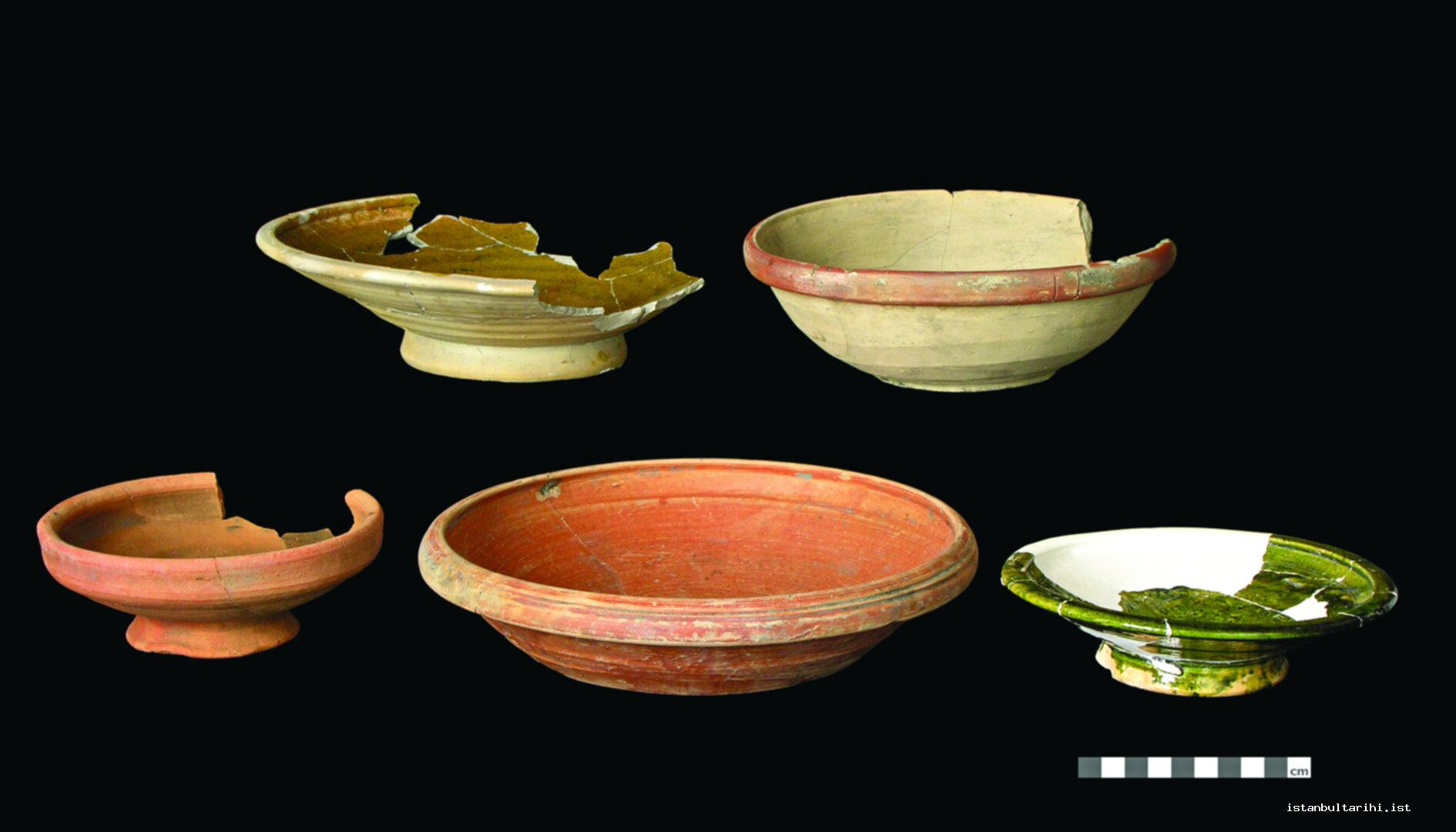 12- Baked earthen kitchen bowls