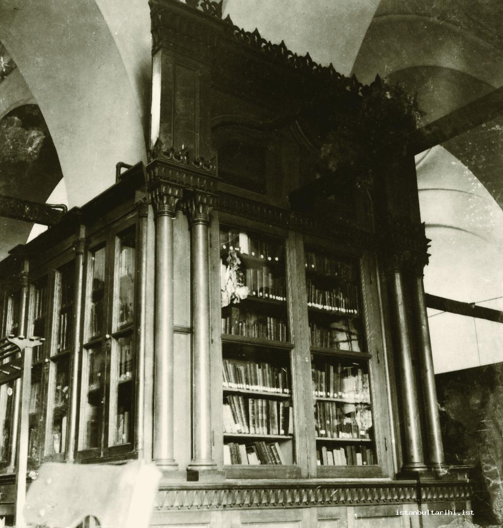 11- The custom made cabinets during the time of Sultan Abdülhamid II for Beyazıt