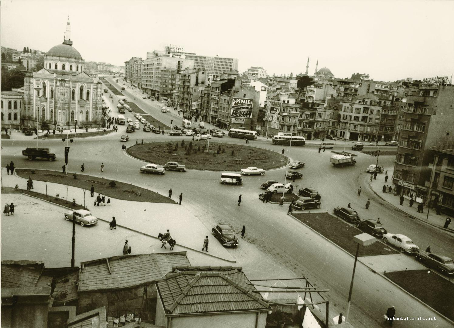11- From Aksaray to Saraçhane… This was before Aksaray Square was turned into a functionless place by building the current over-pass.