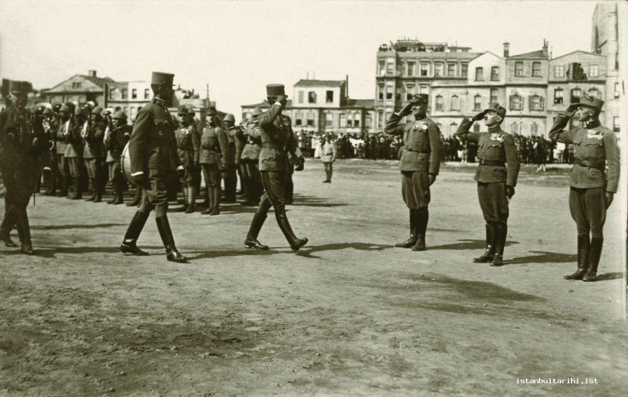 3d- Occupation commanders and soldiers in Istanbul (Istanbul Metropolitan Municipality, Atatürk Library)