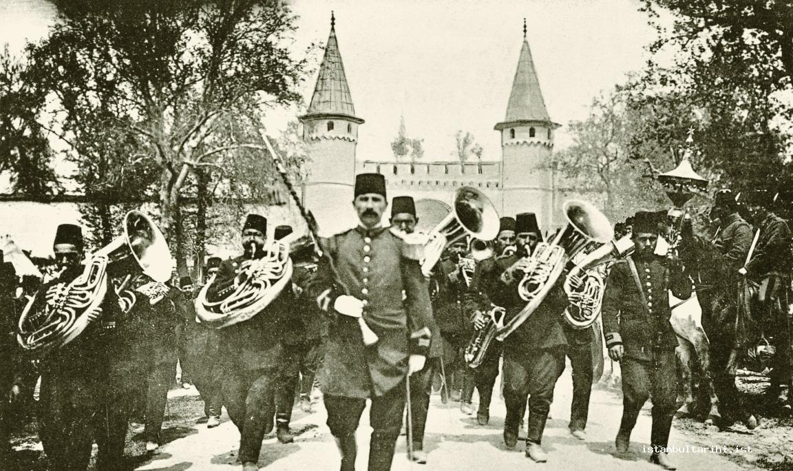 1- Military Band at Bab-ı Hümayun (The gate to the first yard of Topkapı Palace) (25 April 1909)