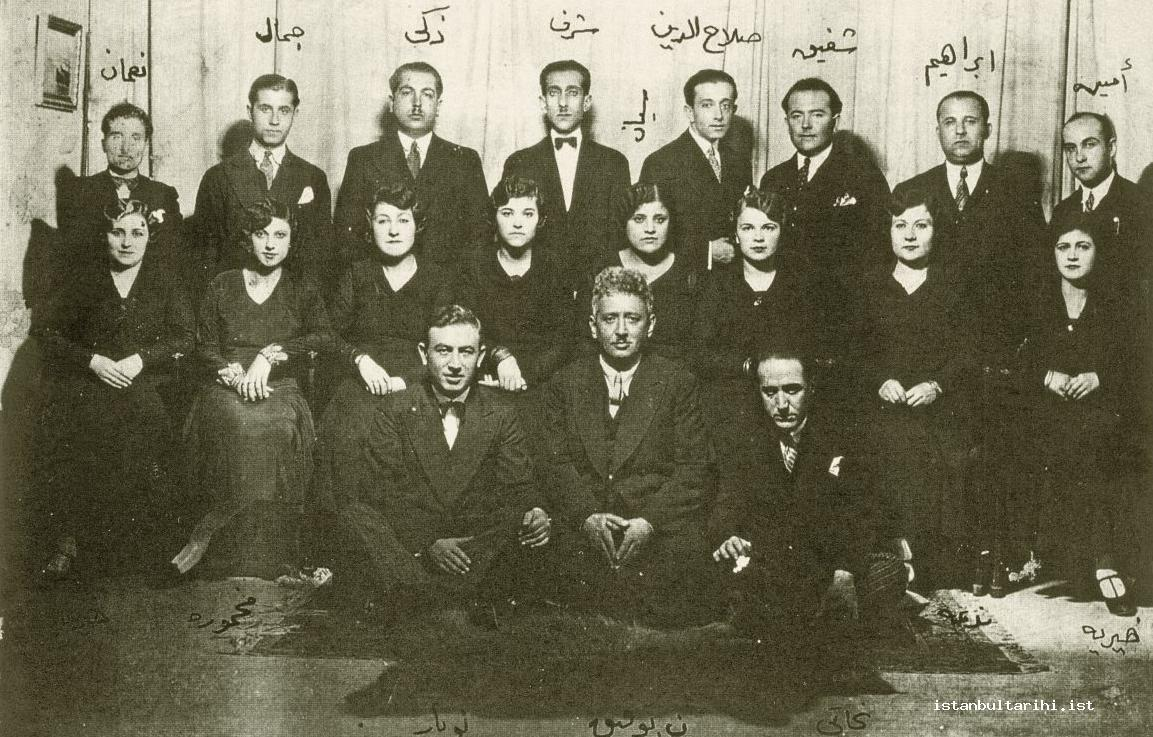 3- An orchestra: From right to left the back row: Emin (Ongan), İbrahim, Şefik (Gürmeriç), Selahattin (Pınar), Şerif, Zeki, Cemal, Numan. Middle row: Hayriye, Nedime, …,Seyyan, …, …, Mahmure, Hayriye. The front row: Necati, Neyzen Tevfik, Nubar (Tekyay) (From the archives of Gönül Paçacı)