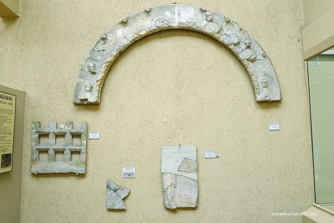 2- The Kiborium arch found in Fenari Isa Mosque and adorned with statutes ofapostles (Istanbul Archeology Museum)