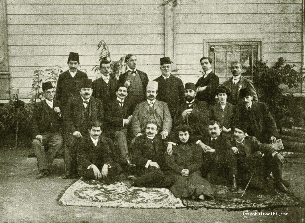 6- The members of the Society of National Ottoman Theatre Amateurs